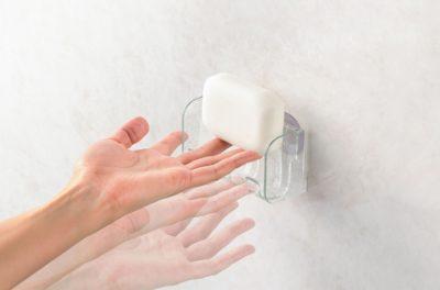 縦型の石鹸置き 指ですくう